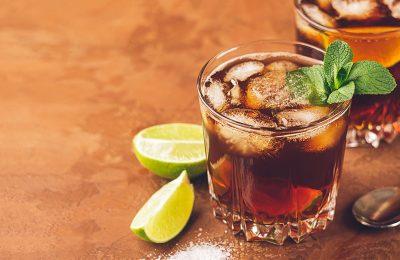 酸性の強い飲料